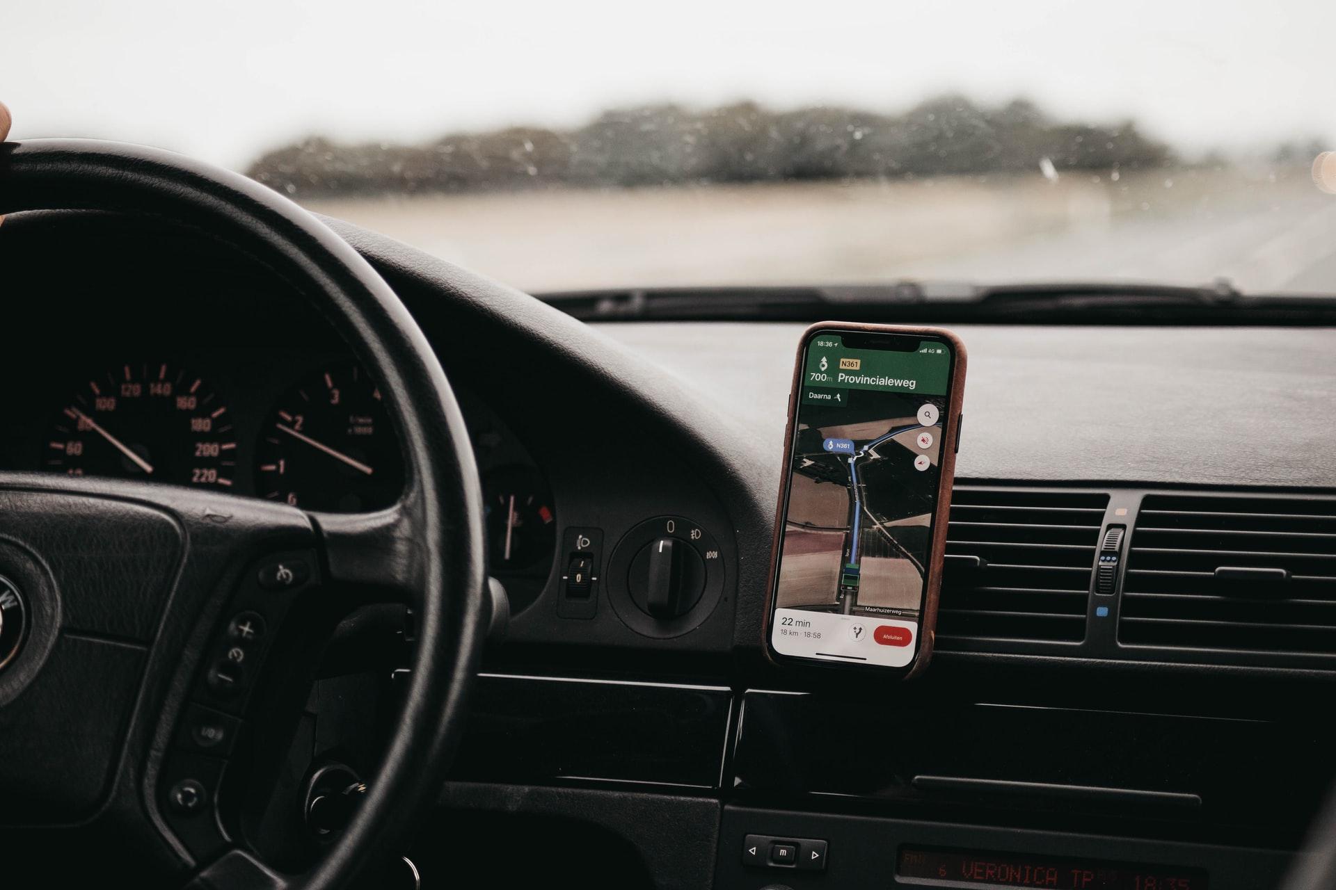 Google Maps en voiture, comme GPS