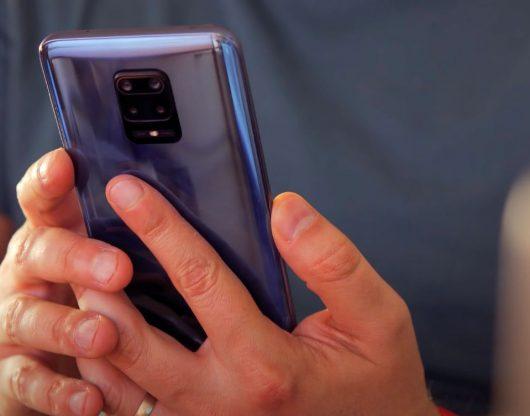Le Redmi Note 9S rappelle inévitablement ses deux camarades
