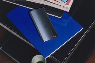 Le OnePlus Nord en version grise
