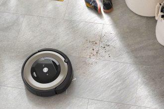 Le Roomba E6198 en pleine action