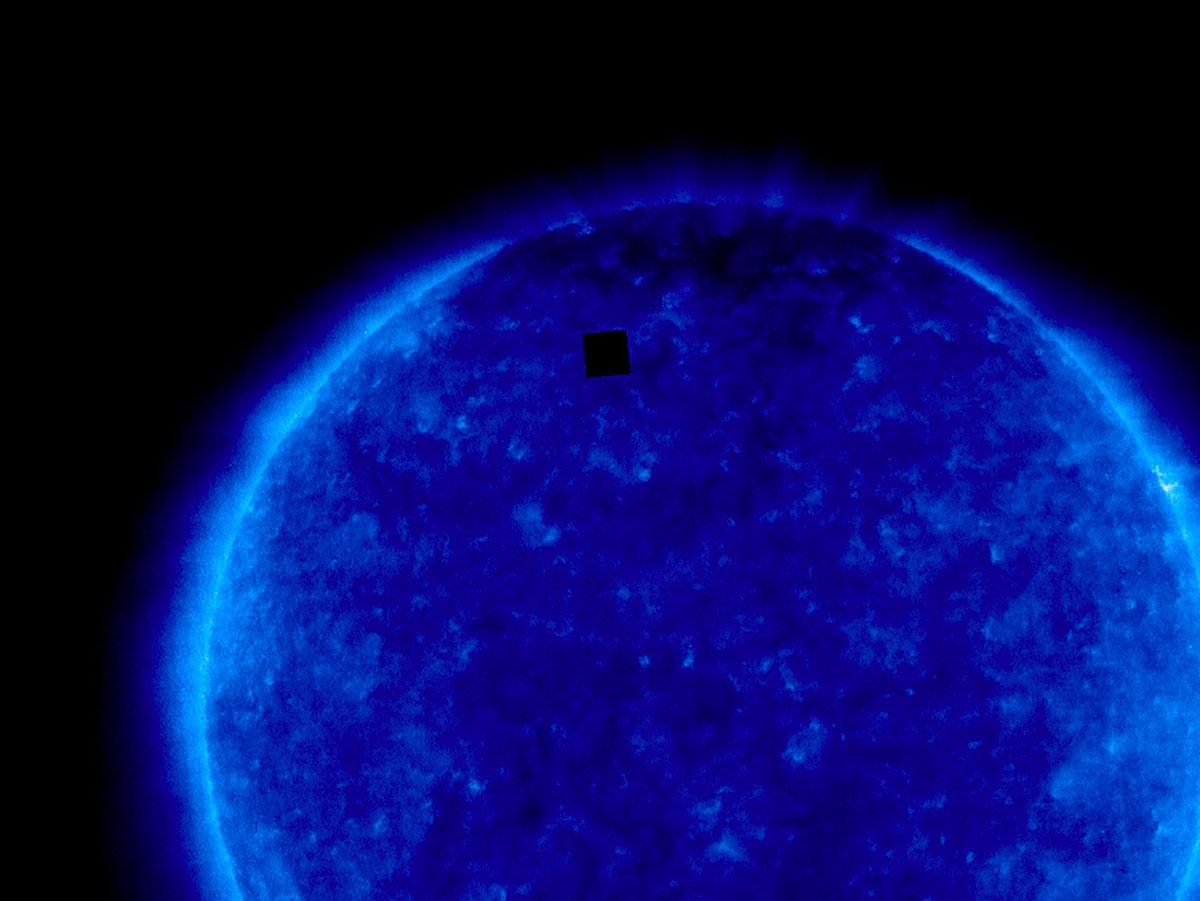 Un drôle de carré noir immortalisé par SoHO