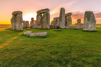 Lever de Soleil sur Stonehenge