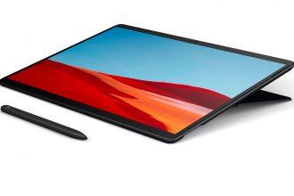 La Surface Pro X en position couchée