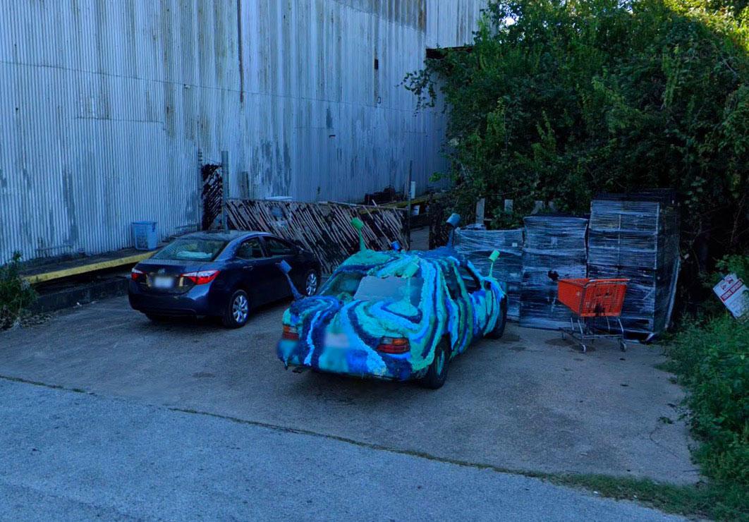 On croire parfois de drôles de voiture dans Google Street View
