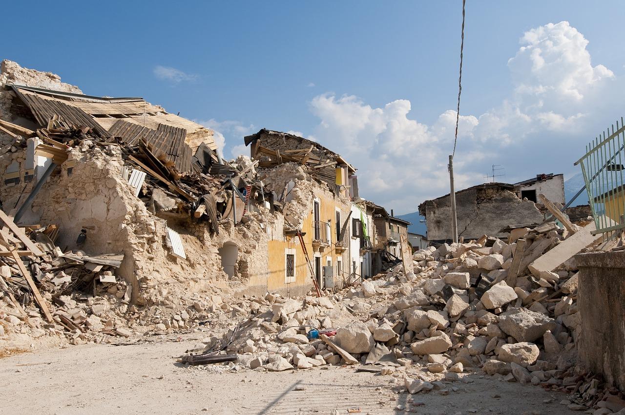 Dégâts laissés par un séisme
