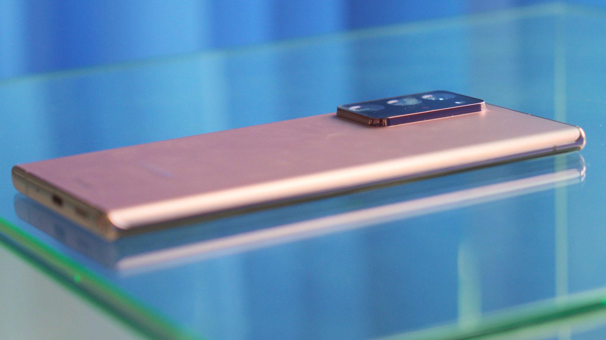 Le module photo du Galaxy Note 20 Ultra ne passe pas inaperçu, mais c'est pour la bonne cause