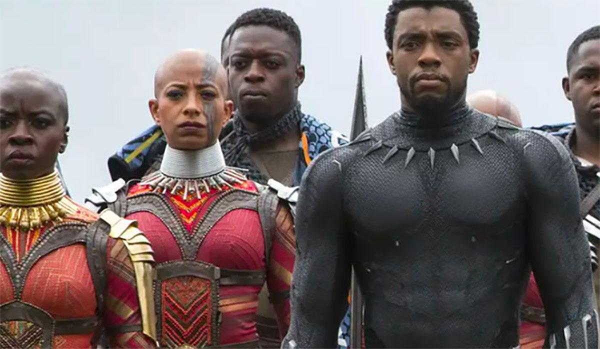 Chadwick Boseman dans Black Panther - crédits Marvel