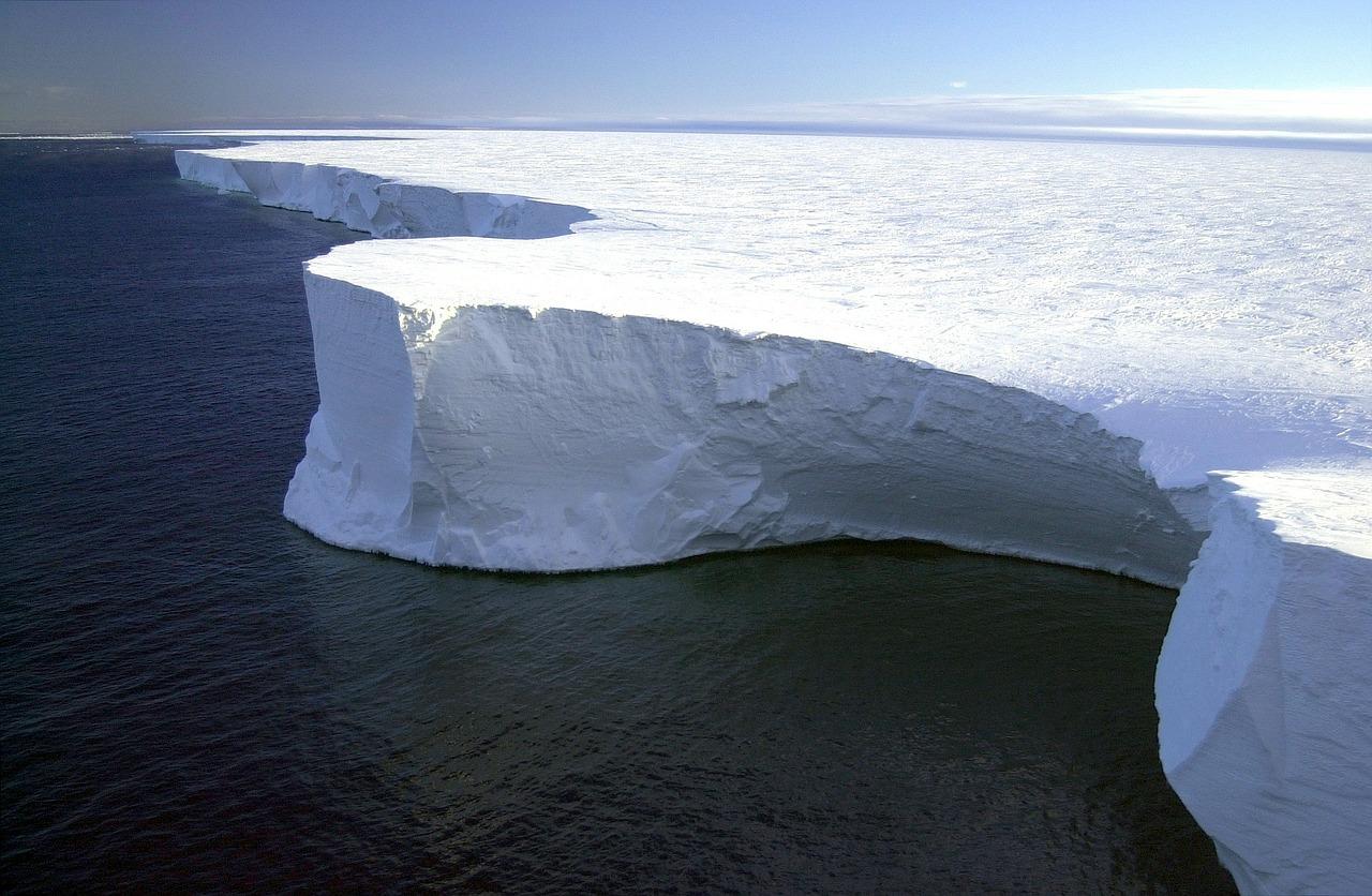 L'Antarctique, aussi connu comme le continent blanc