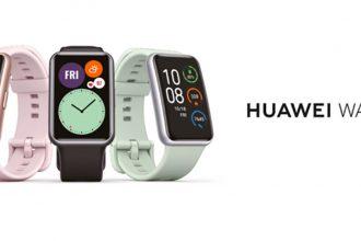 La Huawei Watch FIT a un format un peu plus... original que la Watch GT 2 pro.