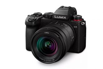 Panasonic vient d'officialiser le Lumix S5.