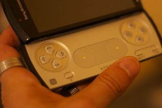 Photo du premier Xperia Play