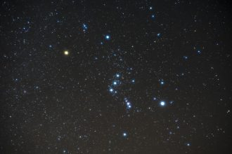 La constellation d'Orion et ses étoiles