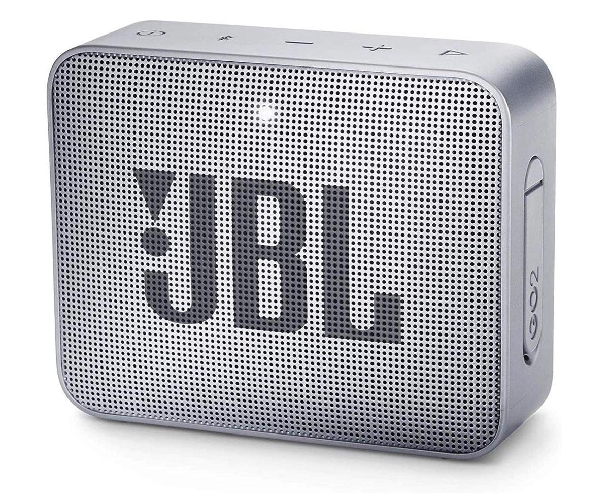 La JBL GO 2, une petite enceinte lookée et, surtout, résistante à l'eau