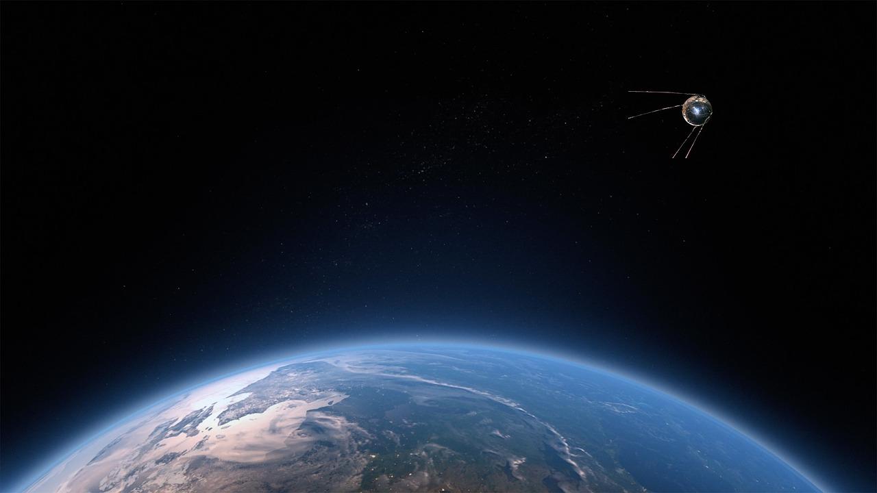Un satellite orbitant autour de la Terre