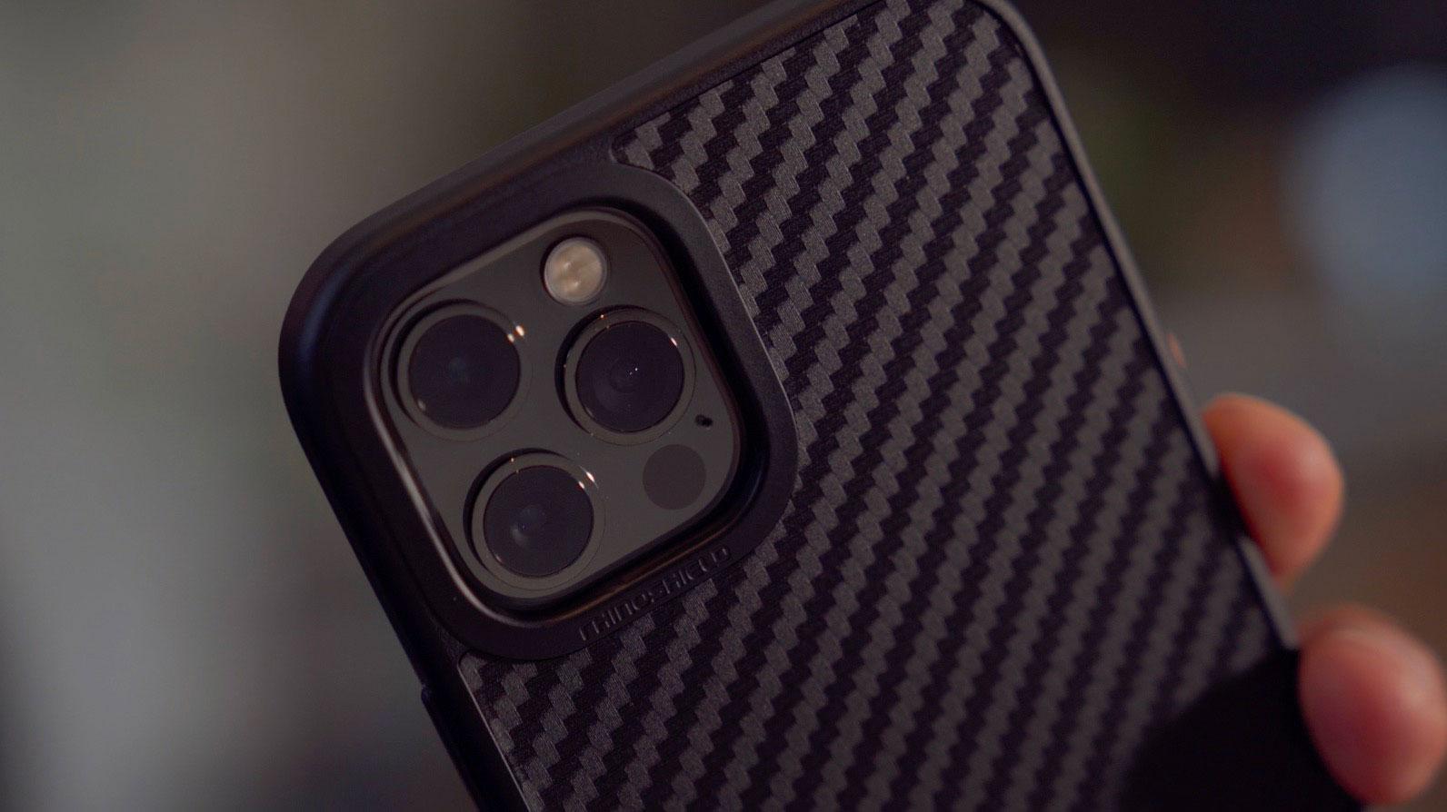 La SolidSuit, toujours une valeur sûre lorsqu'on cherche un moyen de protéger efficacement son iPhone 12 Pro