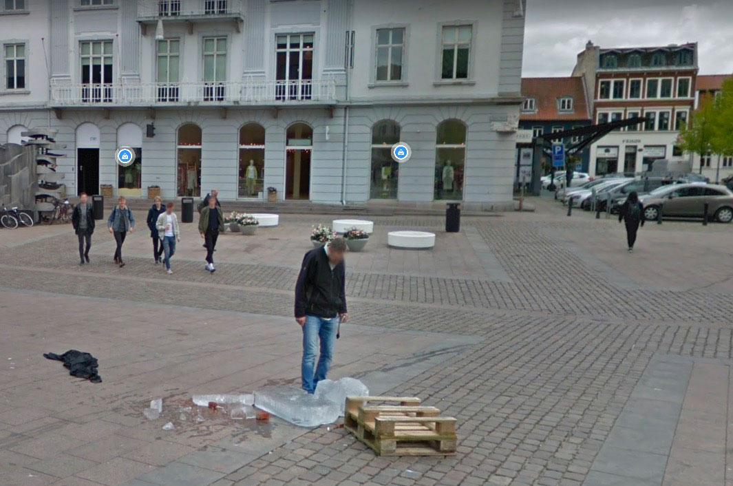 Une scène vraiment triste immortalisée par les caméras de Google Street View