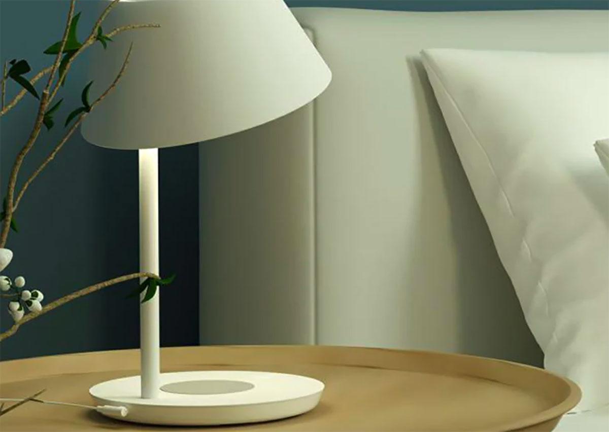 Cette lampe de Xiaomi peut aussi recharger votre smartphone