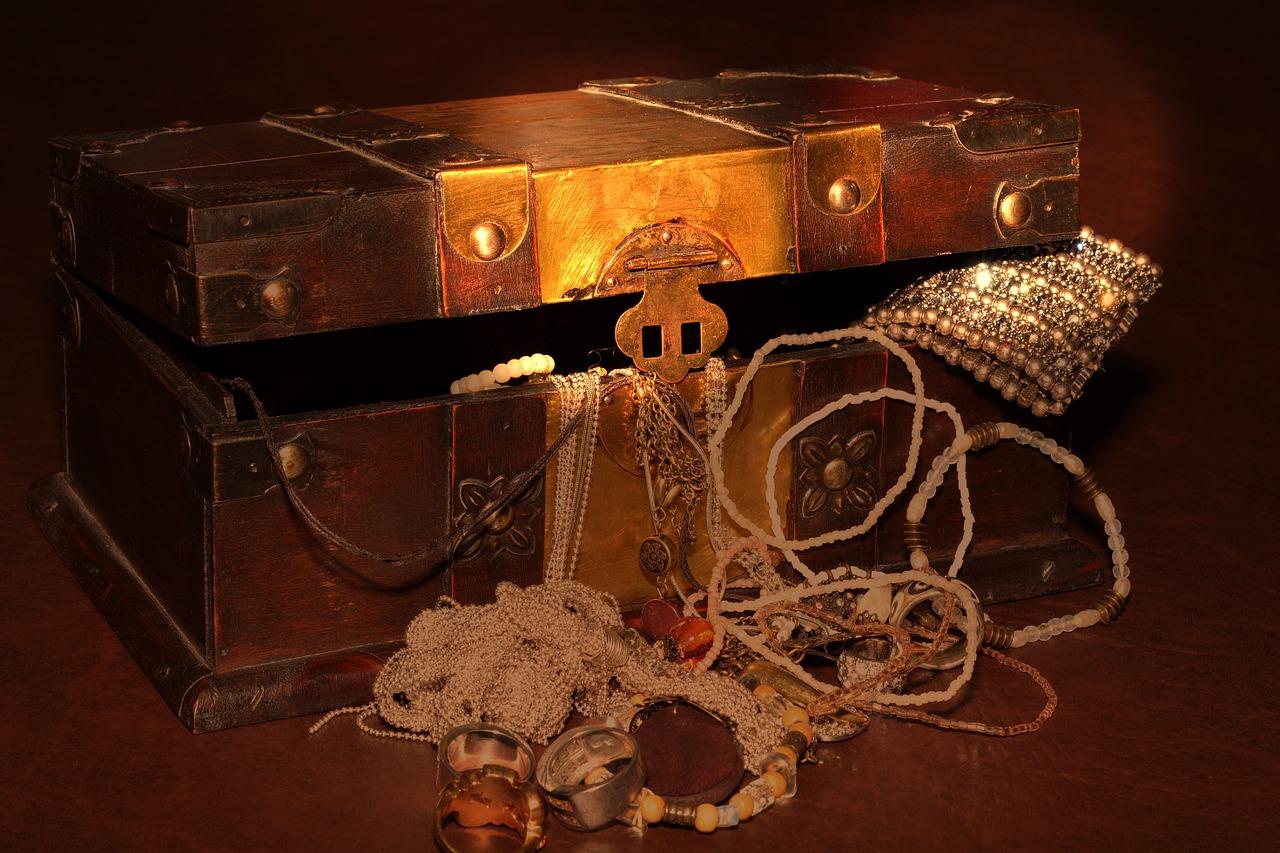 Un coffre contenant un trésor