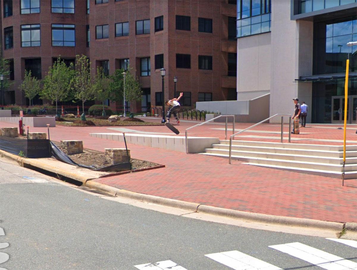 Il y a des skaters volants dans Google Maps