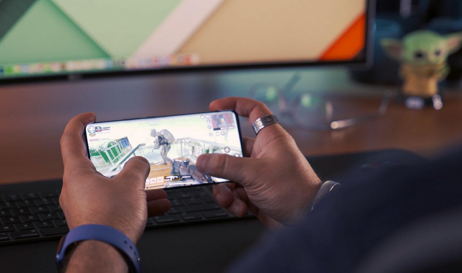 Le Vivo X51 5G n'a aucun mal à faire tourner les gros jeux du moment