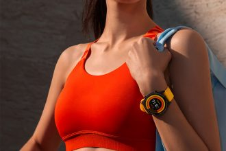 La Xiaomi Mi Watch, une montre connectée sobre et complète