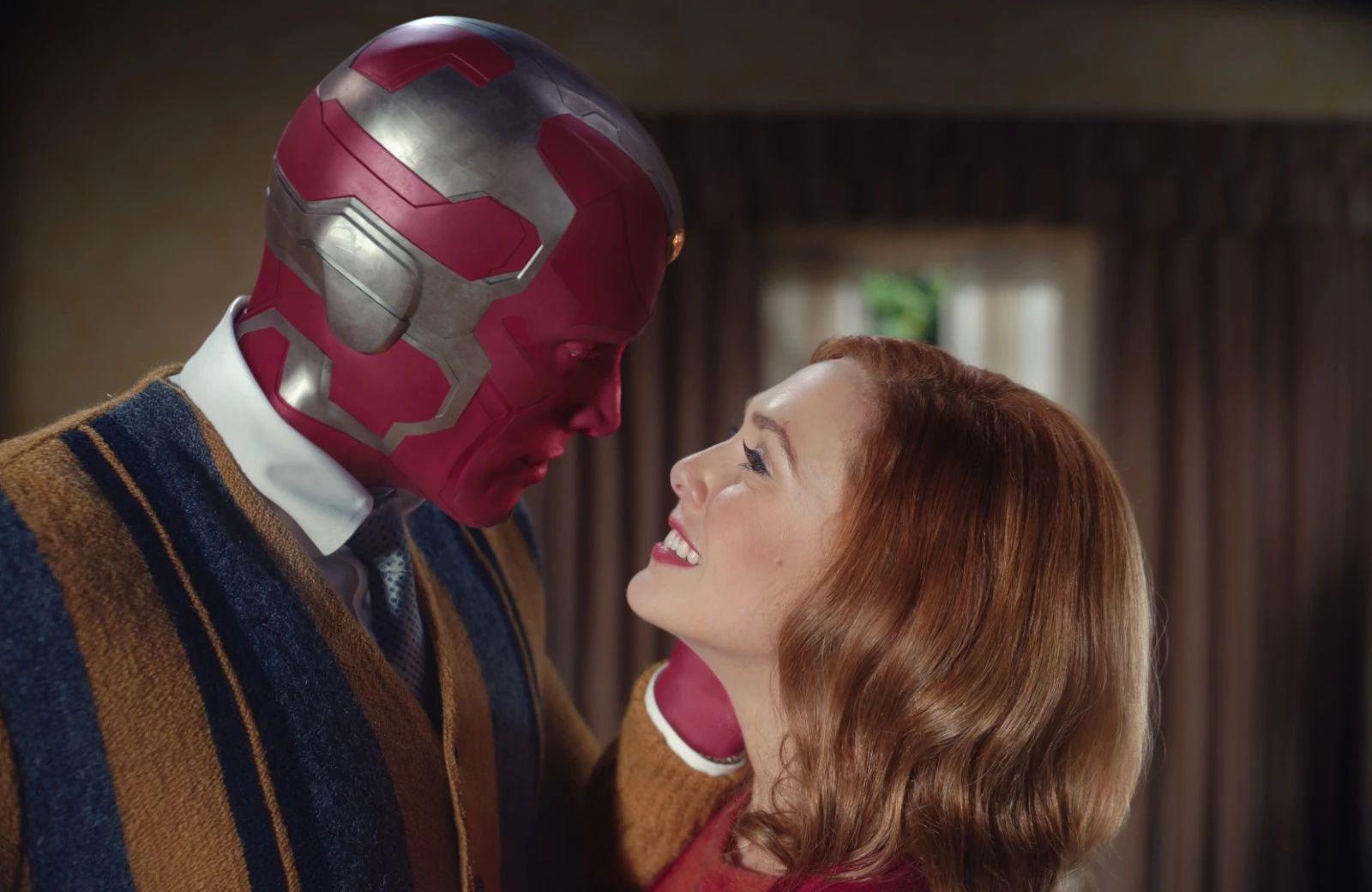 Elizabeth Olsen dans le rôle de Wanda Maximoff, la Sorcière Rouge