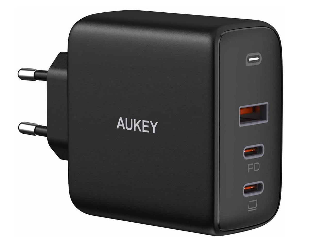Le chargeur Aukey Omnia 90W