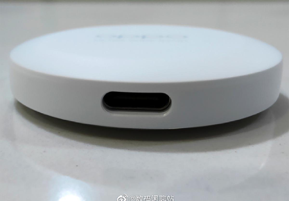 Le tracker d'Oppo sera vraisemblablement alimenté par USB Type-C - crédits Digital Chat Station