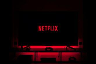 Netflix sur fond noir