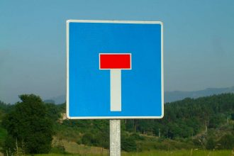 Le panneau d'une voie sans issue