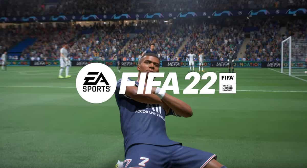 La jaquette de FIFA 22