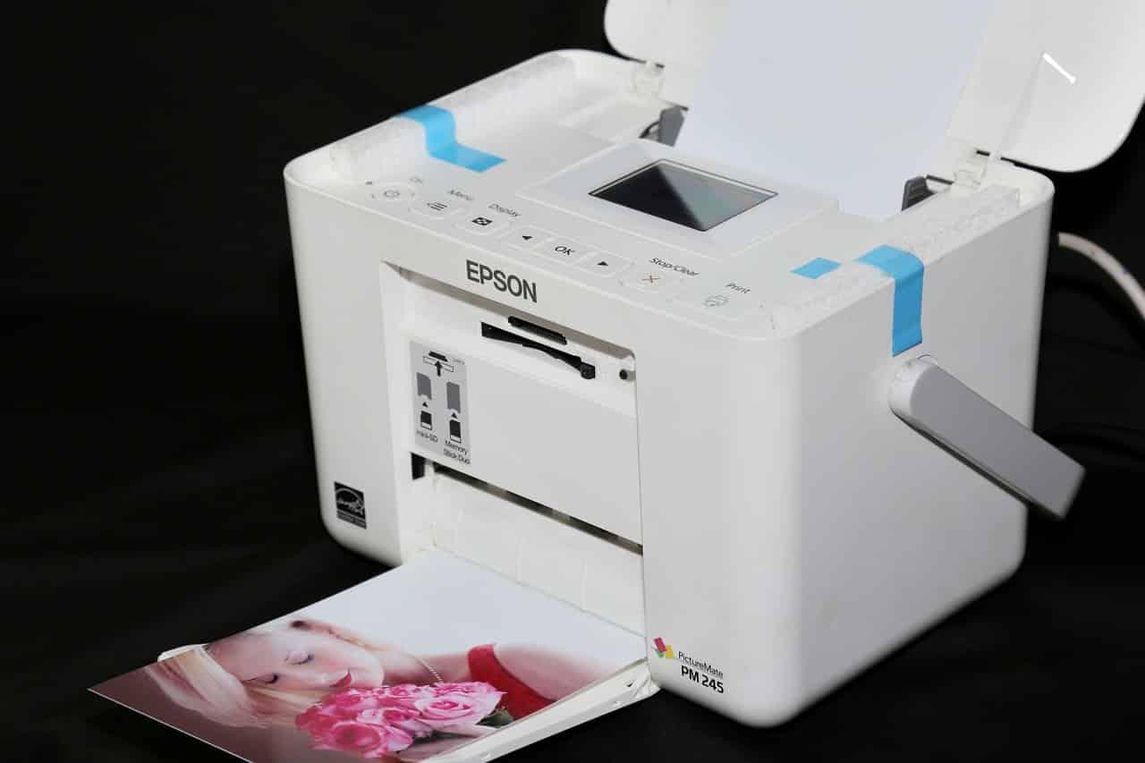 Une imprimante en plein travail