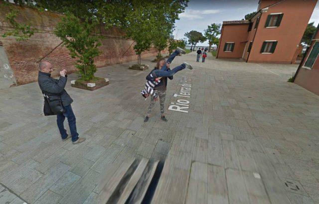Une figure acrobatique immortalisée par Google Maps