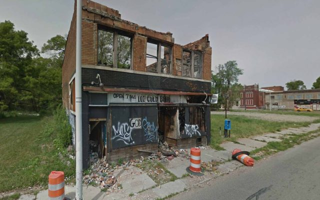 Un pub en ruine dans Google Maps