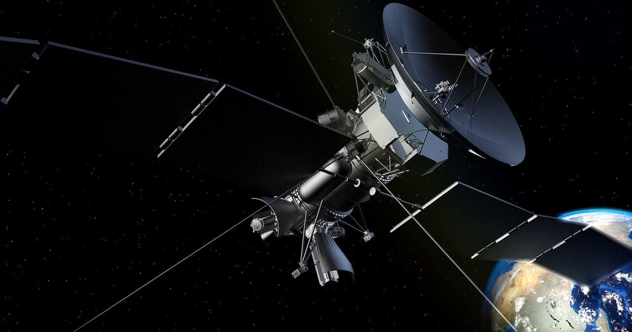 Un satellite perdu dans l'obscurité de l'espace