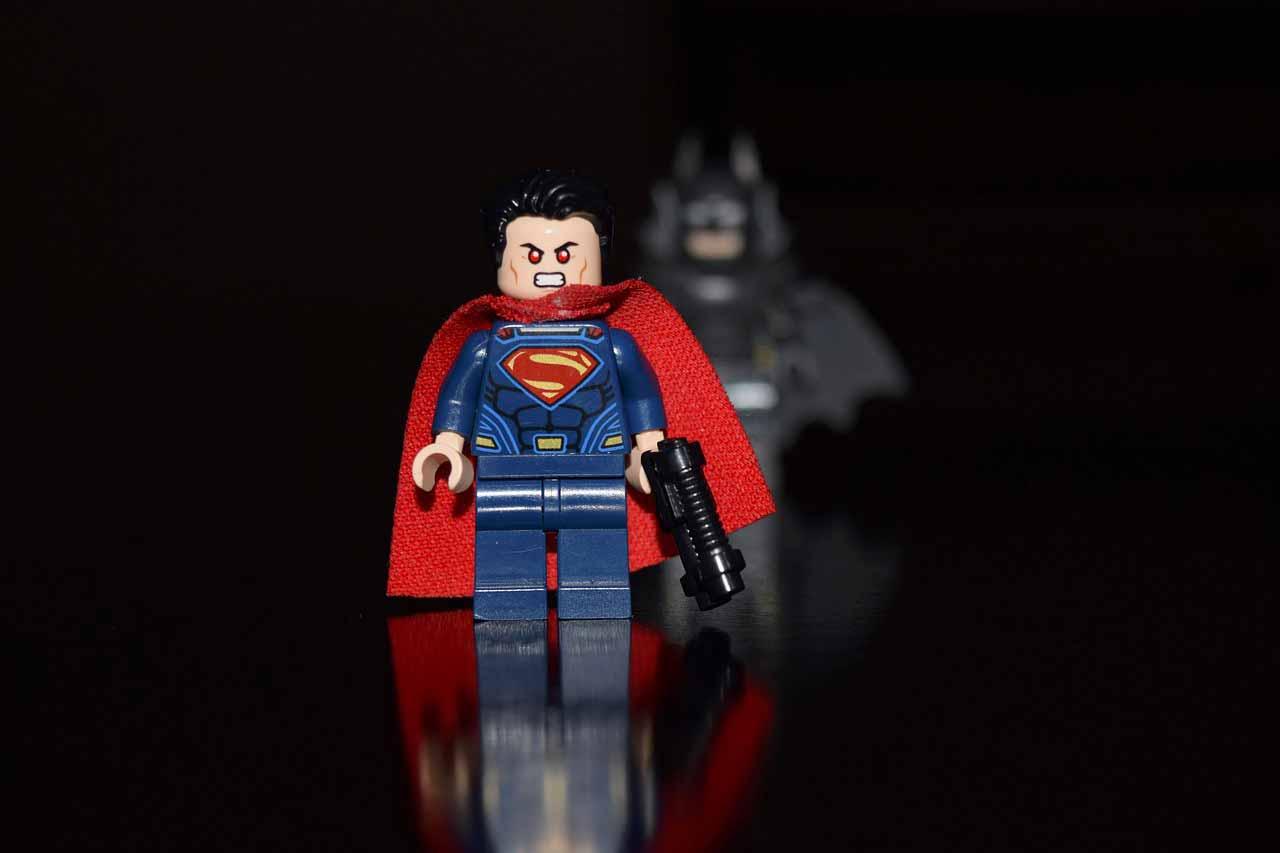 Superman et Batman côte à côte