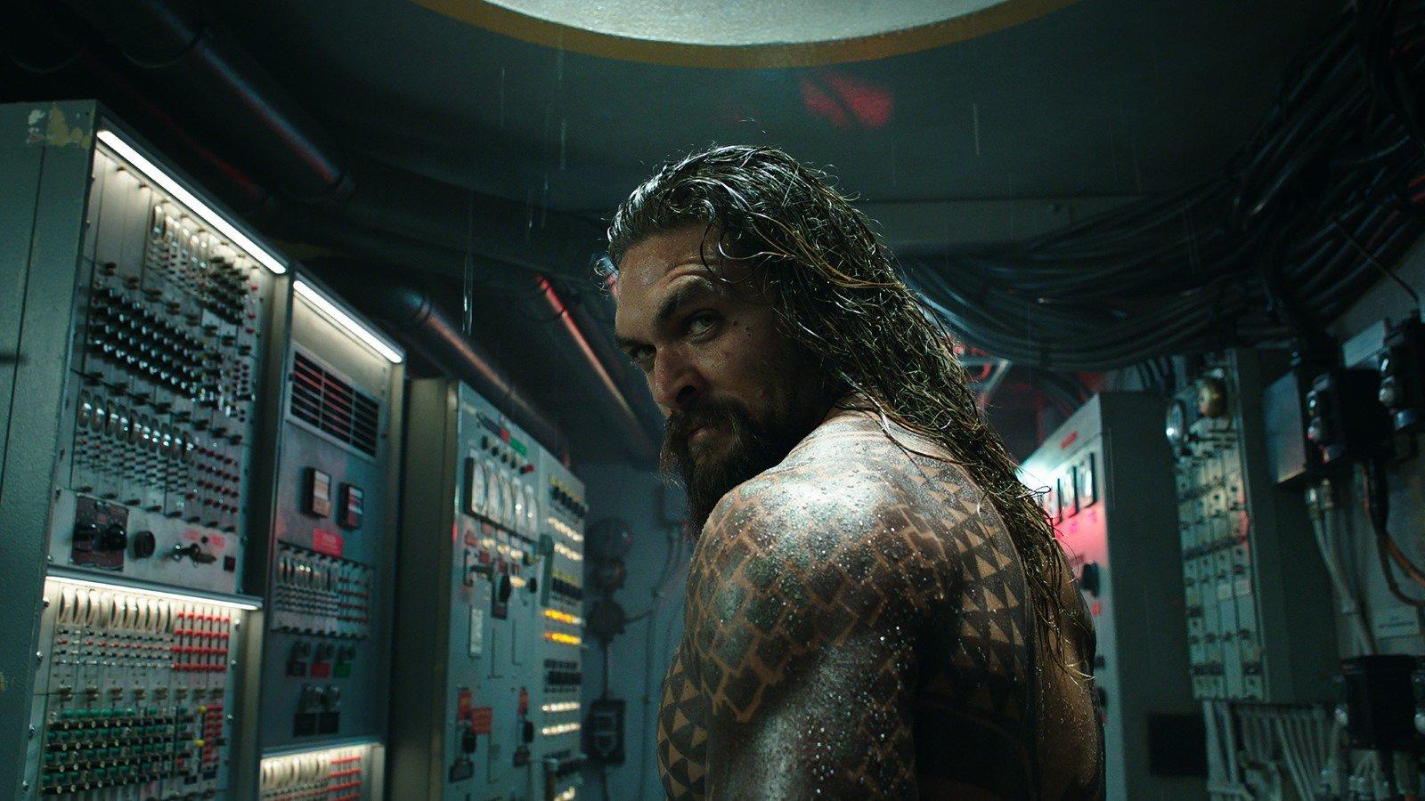 Jason Momoa dans le rôle d'Aquaman