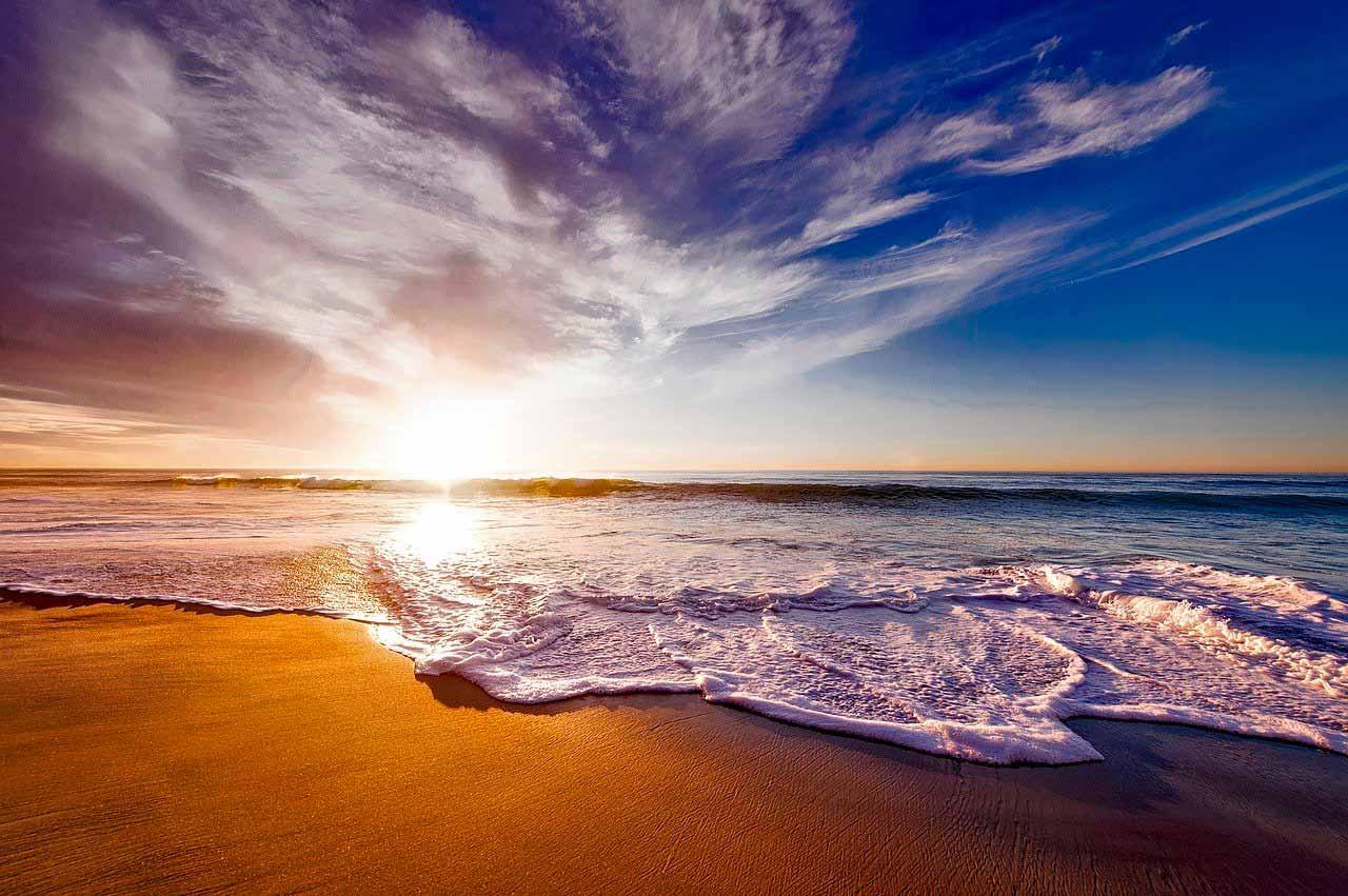Une photo de la plage
