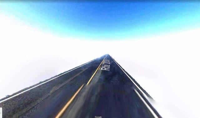 Bienvenue sur l'autoroute de la lumière blanche éblouissante