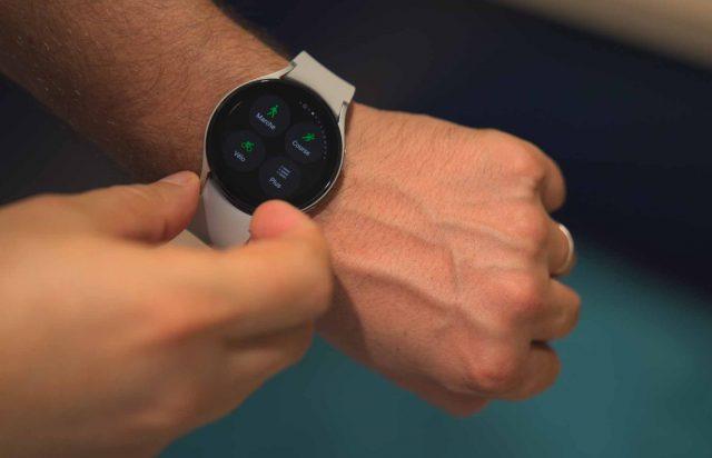 La Galaxy Watch 4 Classic est la plus discrète