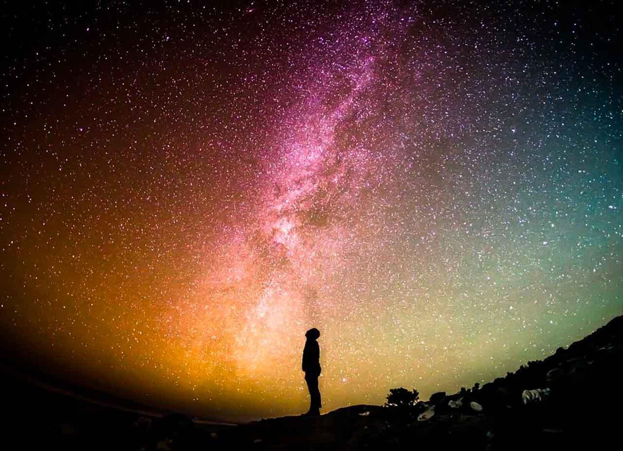 La voie lactée dans le ciel nocturne