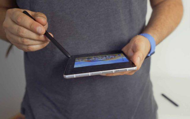 Le Galaxy Z Fold 3 en mode retouche de photos