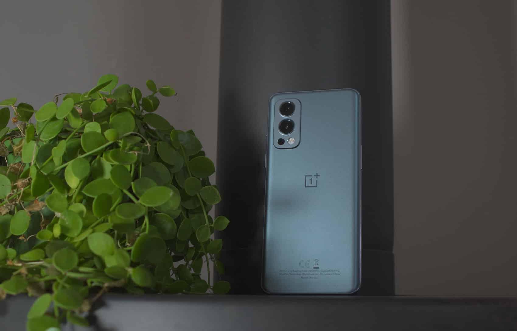 La version grise du OnePlus Nord 2