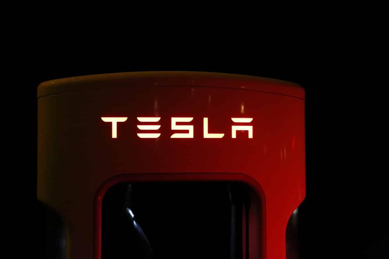 Une borne de charge Tesla