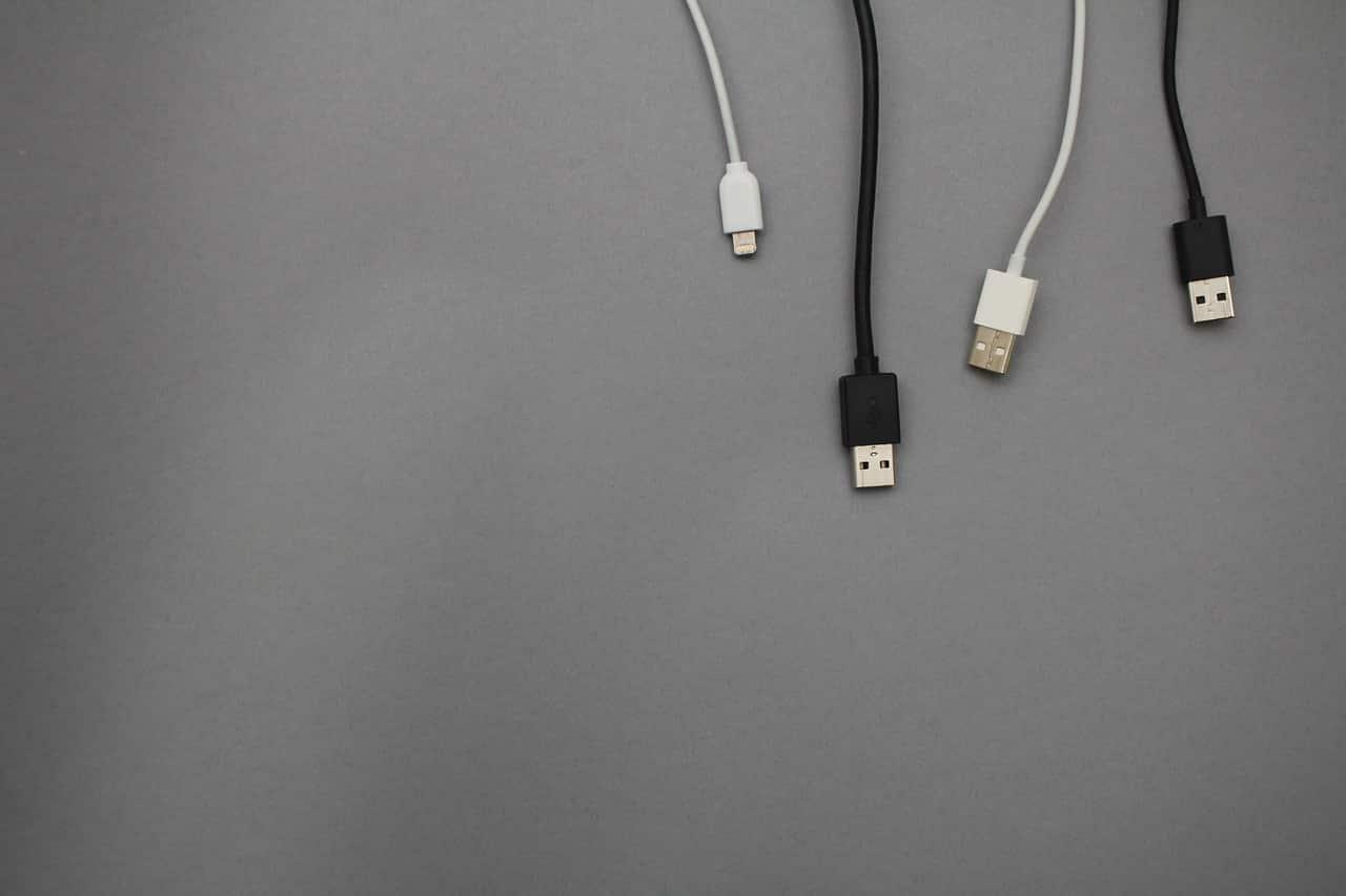 Des câbles USB
