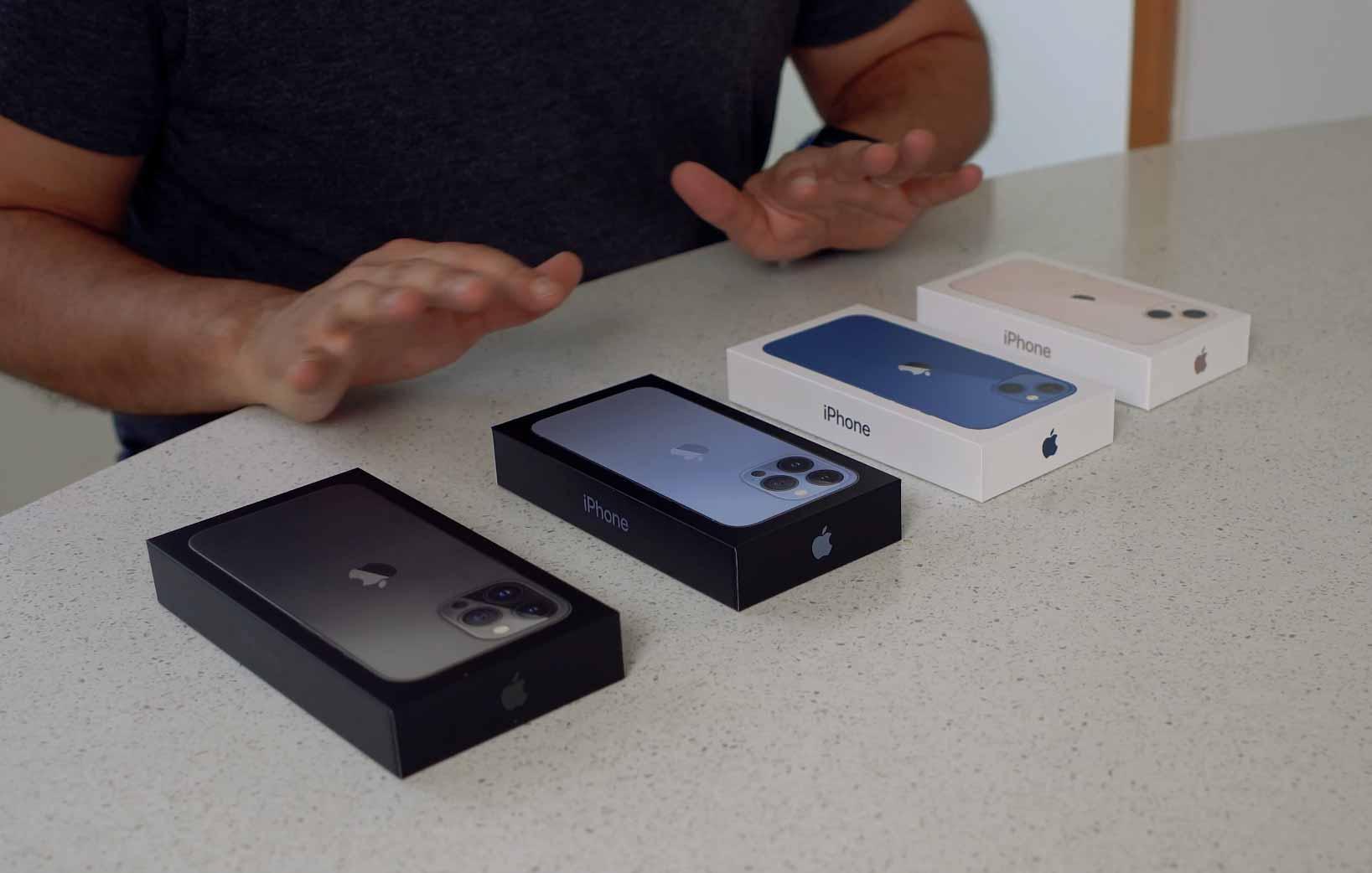 Les iPhone 13 dans leur boîte