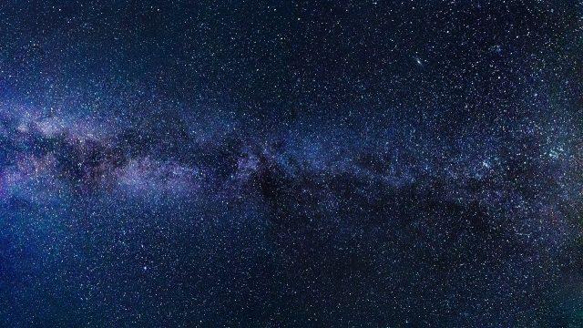 la voie lactee et ses myriades d'étoiles